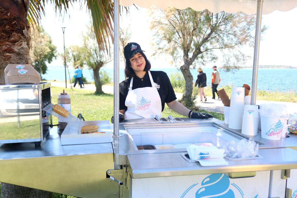 Creams and dreams καρότσι βαφλα παγωτο - ice cream cart